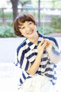 B7_髪型を変えるならヘアカタログを豊富に用意する代官山kisaiTOKYO